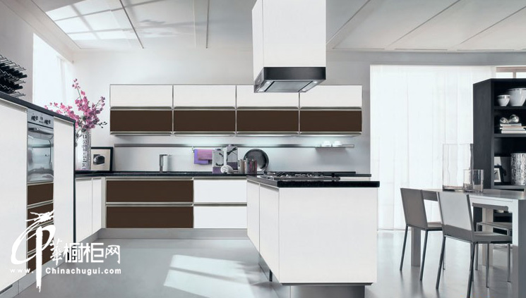u型橱柜装修效果图|厨房装修效果图大全2012图片| 白色橱柜使厨房呈现