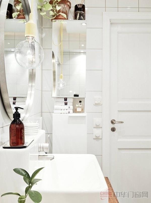 花样鲜明 北欧风格浴室门装修效果图