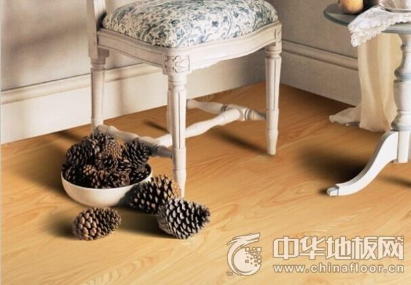 欧龙地板 Y302鸡爪槭木地板图片   木地板装修效果图