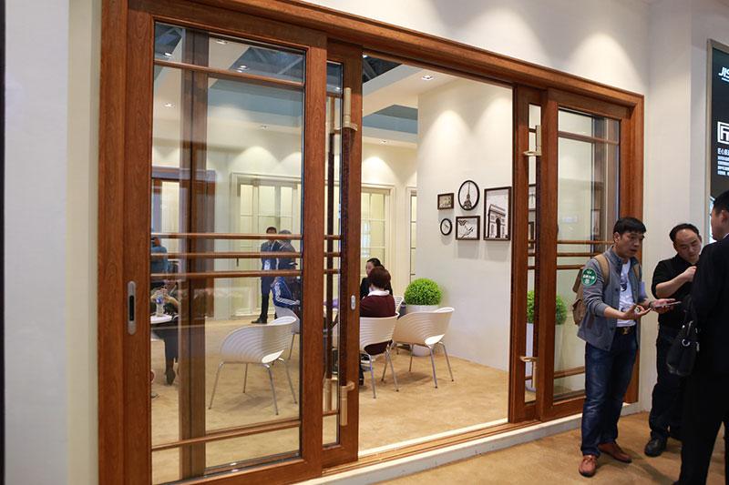 致尚门窗效果图 中式风格玻璃门图片